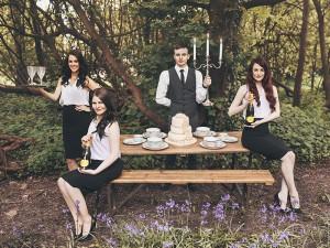 Singing Waiters 5