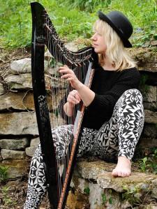 Gloucester Harpist 8