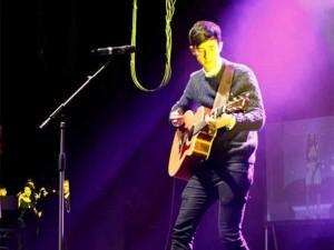 Jontie - acoustic guitarist coventry 2